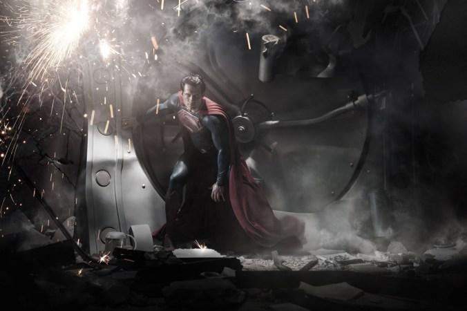Superman-man-of-steel-movie-henry-cavill-DBZ